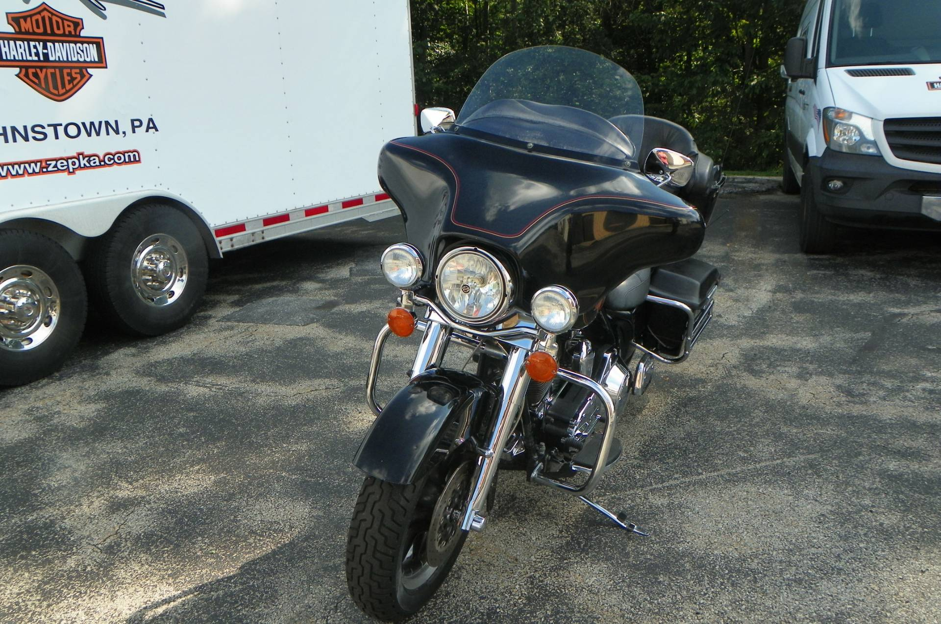 2002 Harley-Davidson FLHTC/FLHTCI Electra Glide® Classic in Johnstown, Pennsylvania - Photo 9
