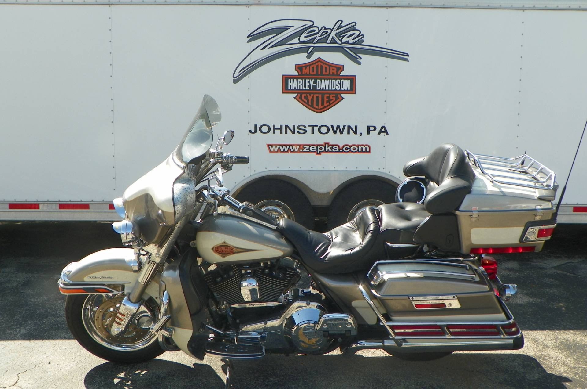 2000 Harley-Davidson FLHTCUI Ultra Classic® Electra Glide® in Johnstown, Pennsylvania - Photo 7