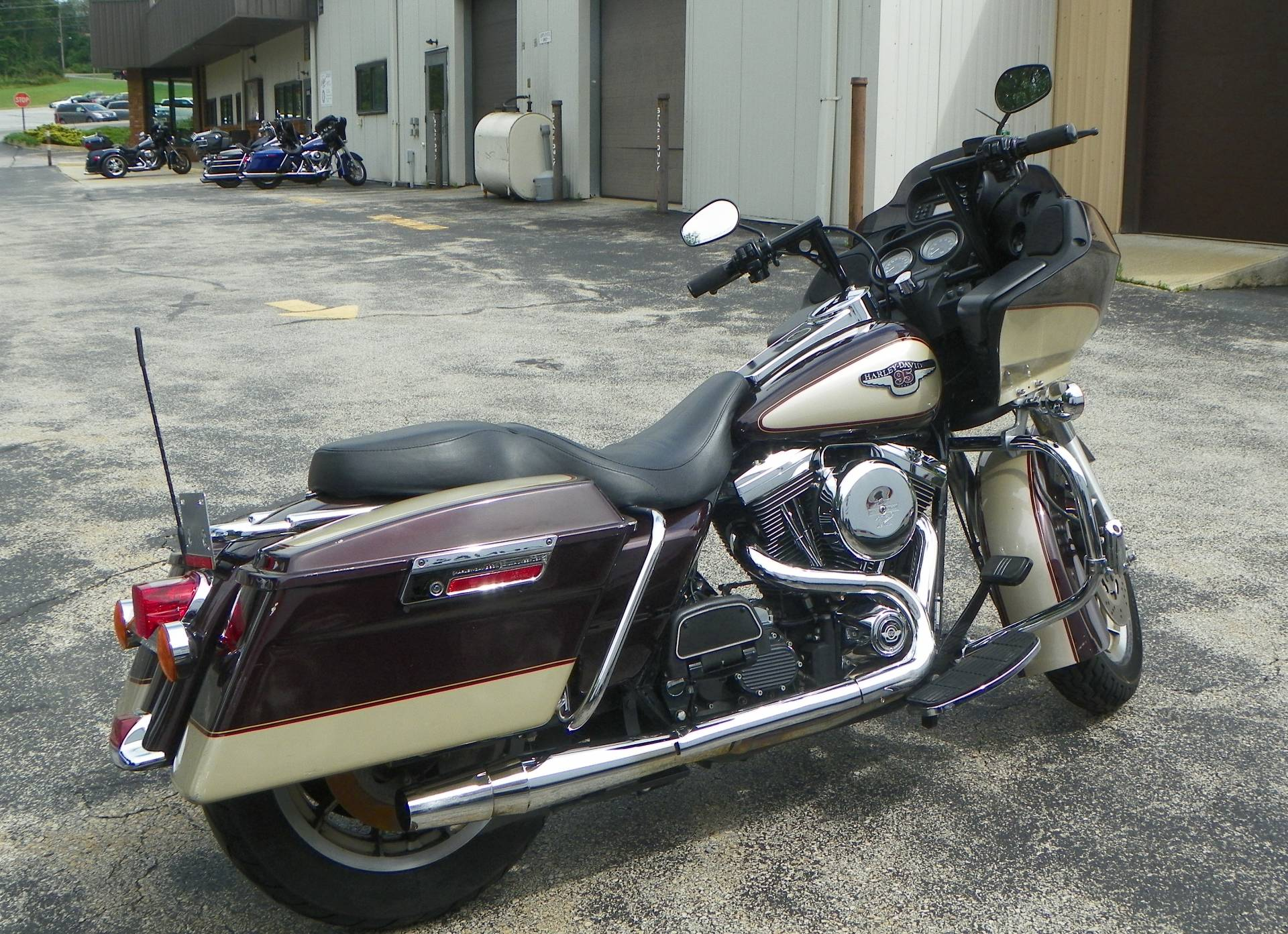 1998 Harley-Davidson Road Glide in Johnstown, Pennsylvania - Photo 3