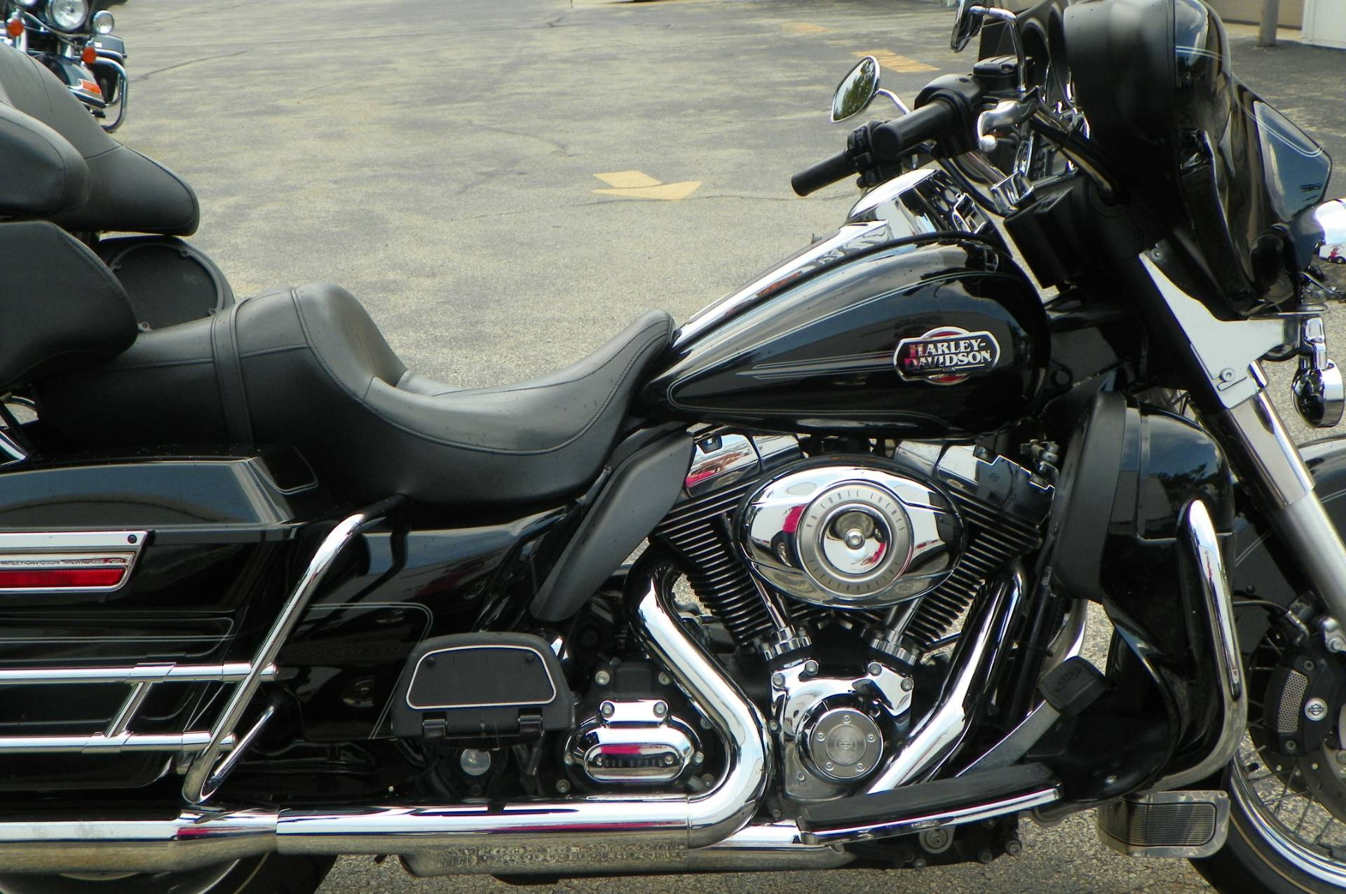 2010 Harley-Davidson Ultra Classic® Electra Glide® in Johnstown, Pennsylvania - Photo 2