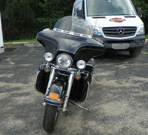 2010 Harley-Davidson Ultra Classic® Electra Glide® in Johnstown, Pennsylvania - Photo 9