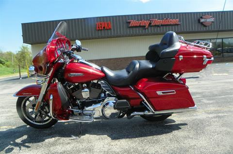 2014 Harley-Davidson Electra Glide® Ultra Classic® in Johnstown, Pennsylvania - Photo 8