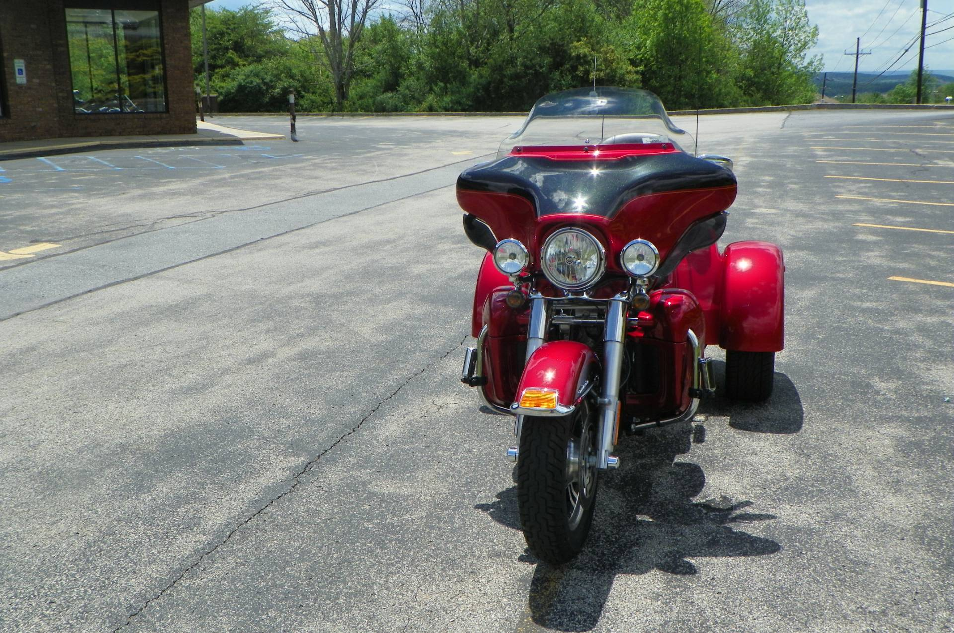 2012 Harley-Davidson Tri Glide® Ultra Classic® in Johnstown, Pennsylvania - Photo 8