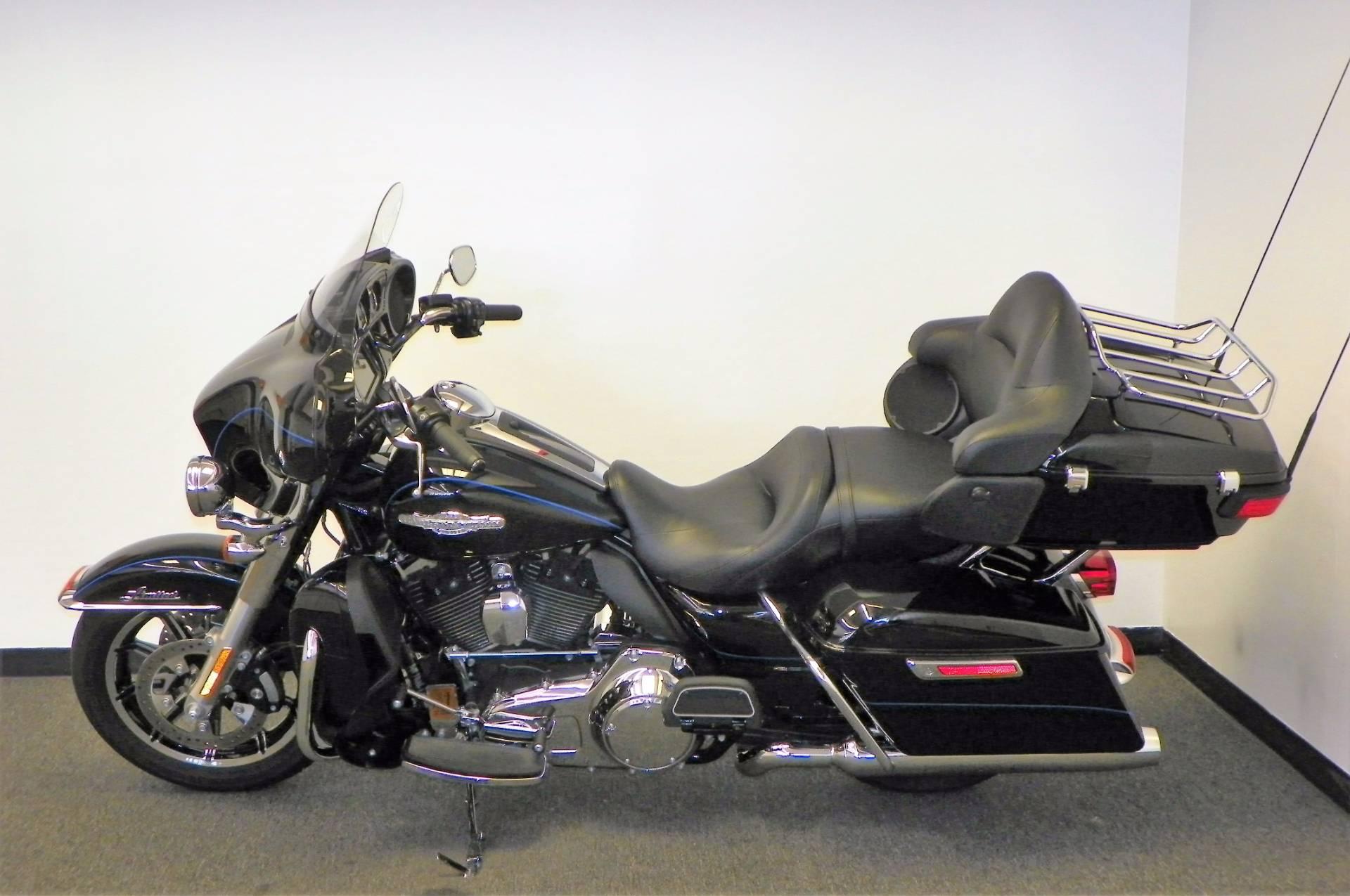 2014 Harley-Davidson Ultra Limited in Johnstown, Pennsylvania