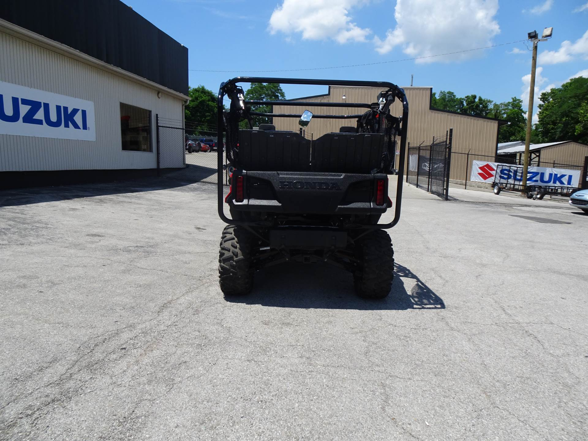 2018 Honda Pioneer 1000-5 Deluxe in Georgetown, Kentucky - Photo 4