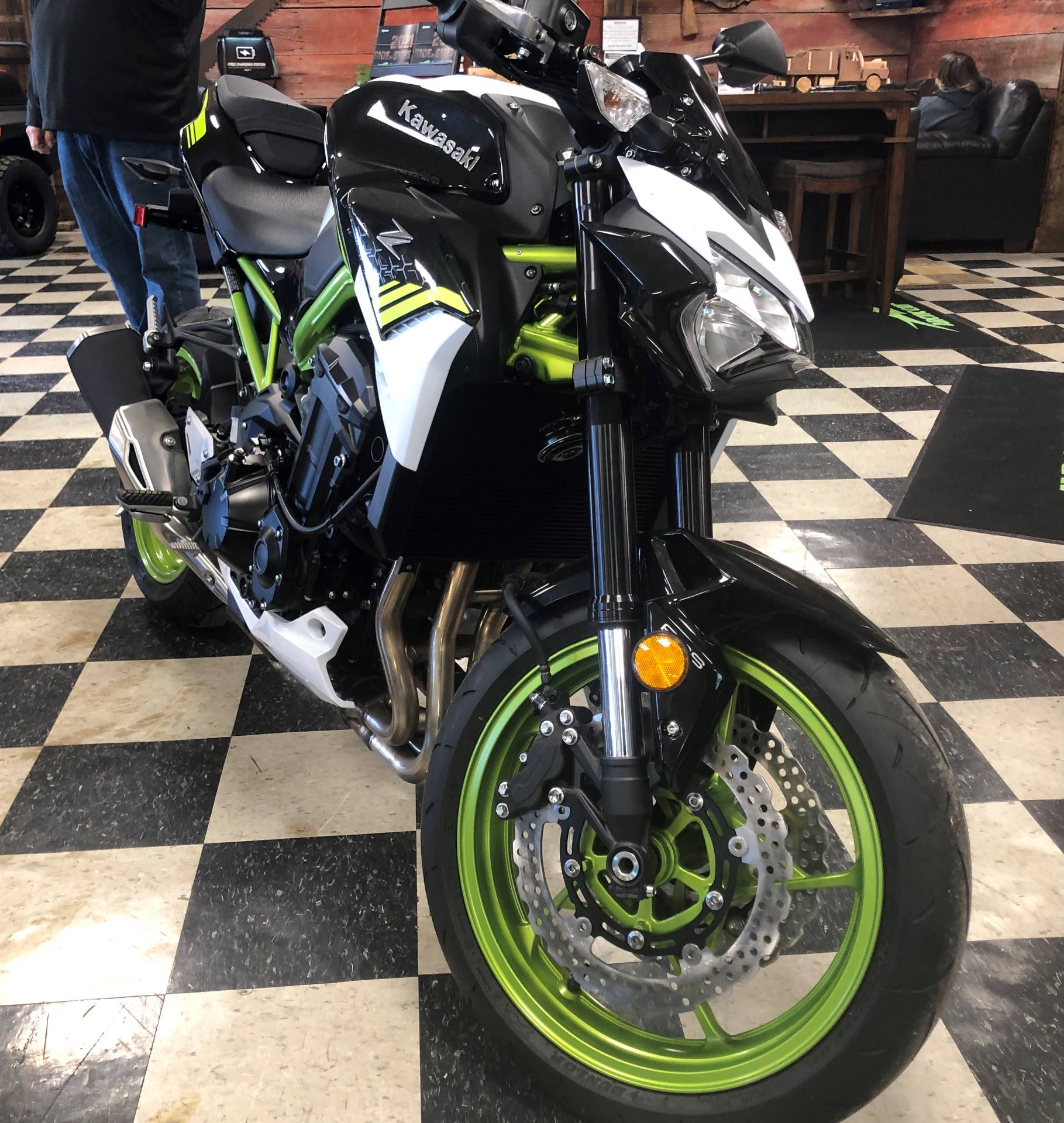 2021 Kawasaki Z900 ABS in Georgetown, Kentucky - Photo 2