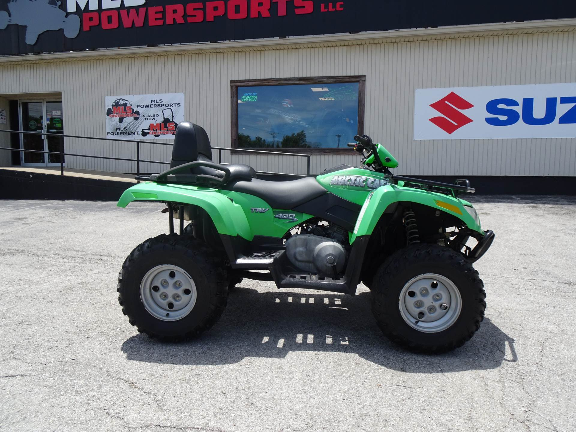 2006 Arctic Cat 400 4x4 Automatic TRV in Georgetown, Kentucky - Photo 2