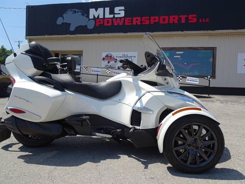 2014 Can-Am Spyder® RT-S SM6 in Georgetown, Kentucky - Photo 1