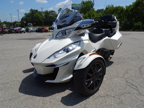 2014 Can-Am Spyder® RT-S SM6 in Georgetown, Kentucky - Photo 6