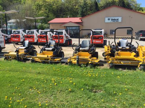2016 Hustler Turf Equipment ALL in La Crescent, Minnesota