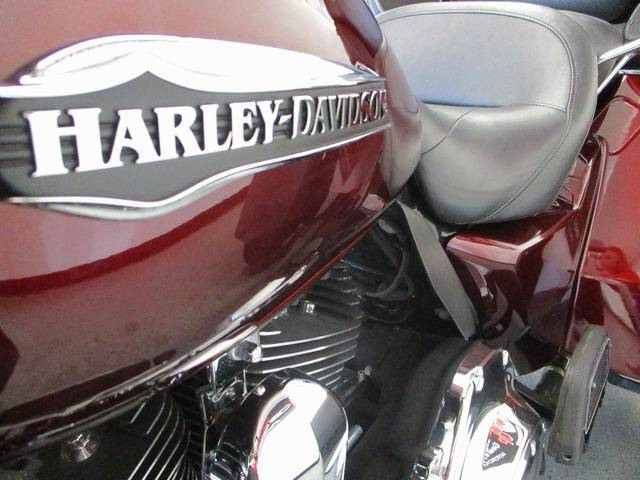 2015 Harley-Davidson Tri Glide® Ultra in Lake Havasu City, Arizona - Photo 7