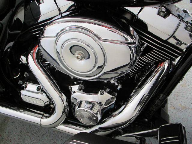 2013 Harley-Davidson Street Glide® in Lake Havasu City, Arizona - Photo 19
