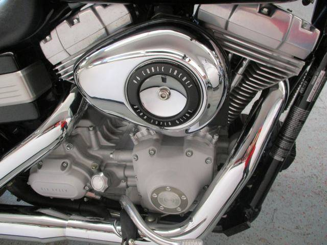 2009 Harley-Davidson Dyna Super Glide in Lake Havasu City, Arizona - Photo 17