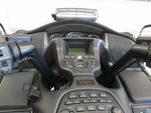 2010 Honda Gold Wing® Audio Comfort in Lake Havasu City, Arizona - Photo 8