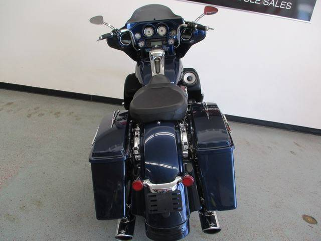 2012 Harley-Davidson Street Glide® in Lake Havasu City, Arizona - Photo 4