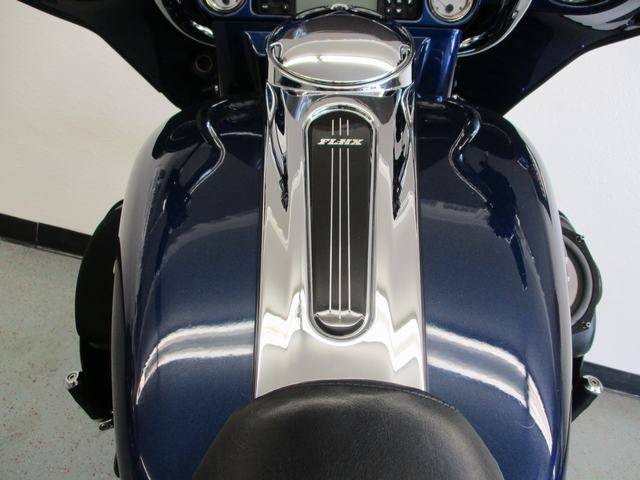 2012 Harley-Davidson Street Glide® in Lake Havasu City, Arizona - Photo 9