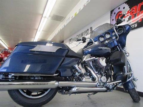 2012 Harley-Davidson Street Glide® in Lake Havasu City, Arizona - Photo 13