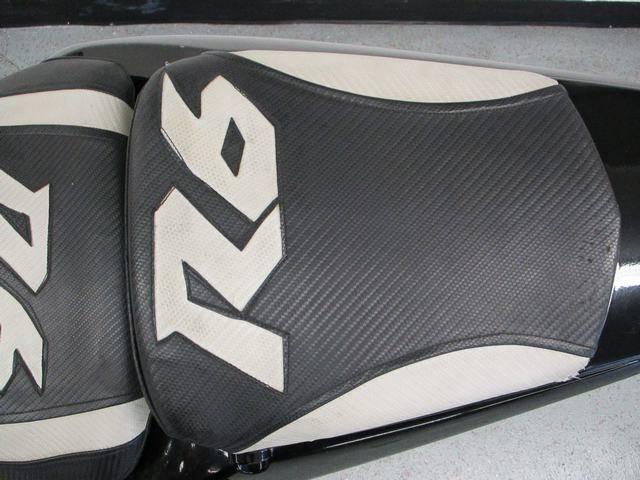 2005 Yamaha YZF-R6 12