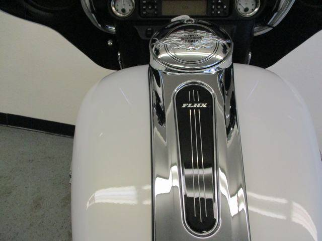 2008 Harley-Davidson Street Glide® in Lake Havasu City, Arizona - Photo 10