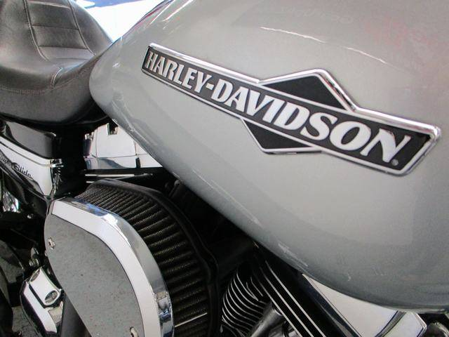 2012 Harley-Davidson Dyna® Super Glide® Custom in Lake Havasu City, Arizona - Photo 12