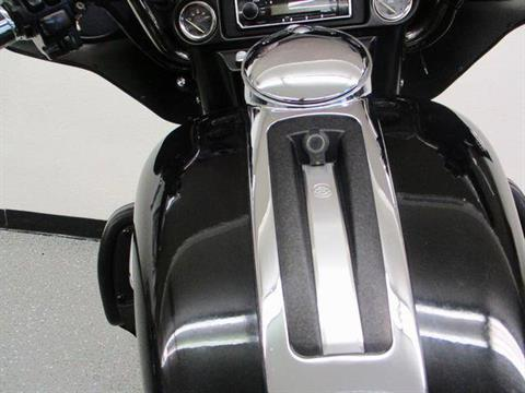 2011 Harley-Davidson Electra Glide® Ultra Limited in Lake Havasu City, Arizona - Photo 11
