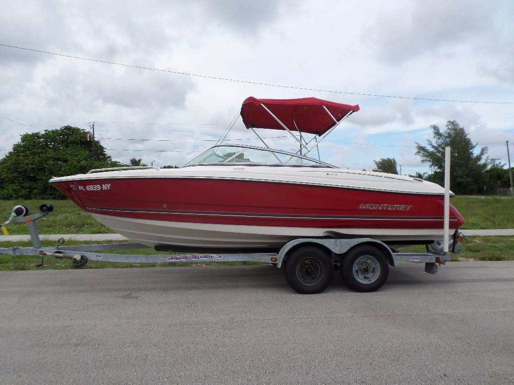 2009 Monterey 214FS in Pompano Beach, Florida