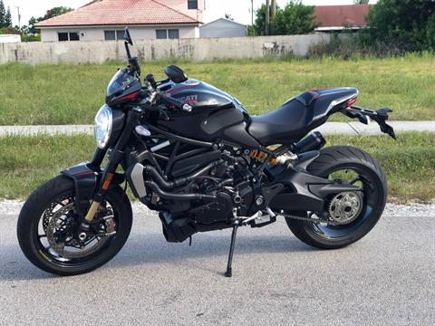 2017 Ducati Monster 1200 R in Pompano Beach, Florida