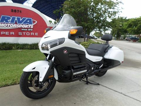 2016 Honda Gold Wing F6B Deluxe in Pompano Beach, Florida