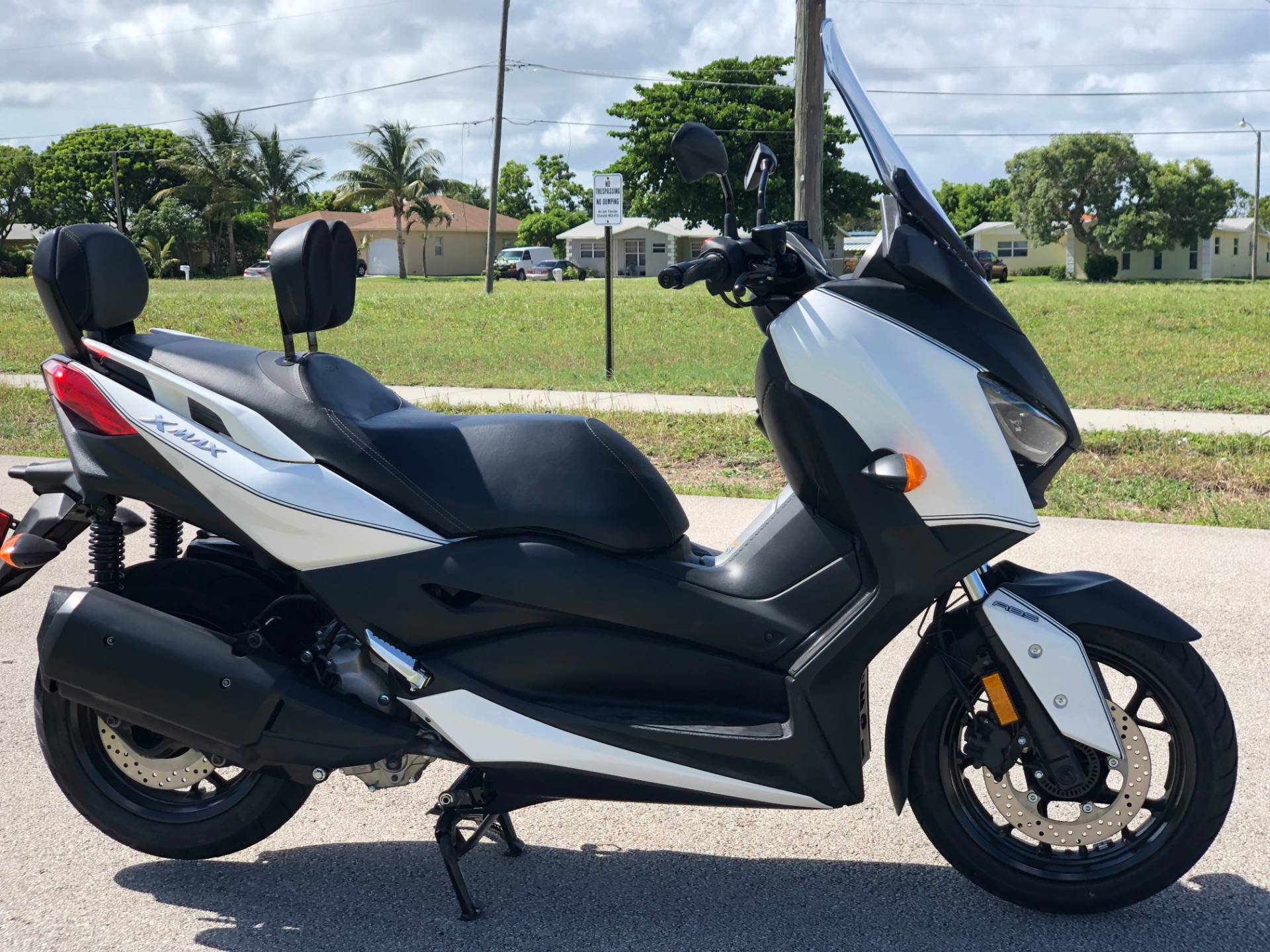2018 Yamaha XMAX in Pompano Beach, Florida