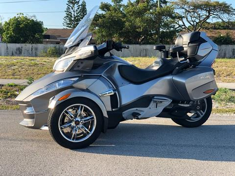 2012 Can-Am Spyder® RT-S SE5 in Pompano Beach, Florida