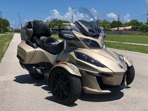 2018 Can-Am Spyder RT Limited in Pompano Beach, Florida