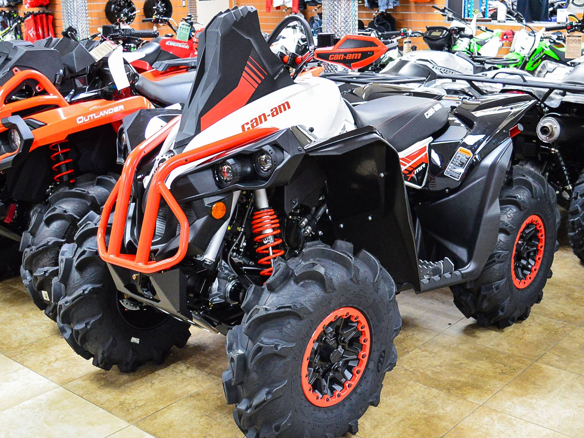 2018 Can-Am Renegade X MR 570 in Pompano Beach, Florida
