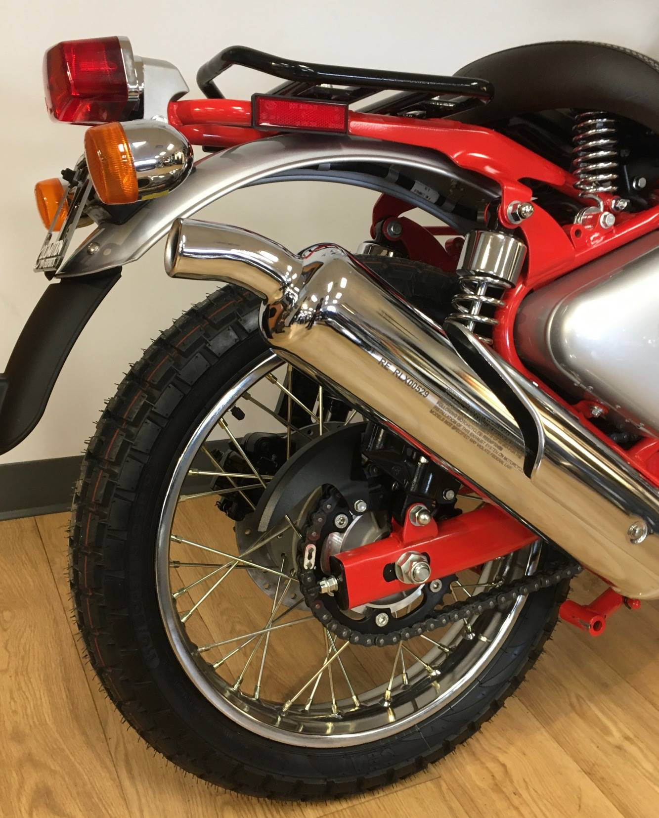 2020 Royal Enfield Bullet Trials Works Replica 500 Limited Edition in Mahwah, New Jersey - Photo 8