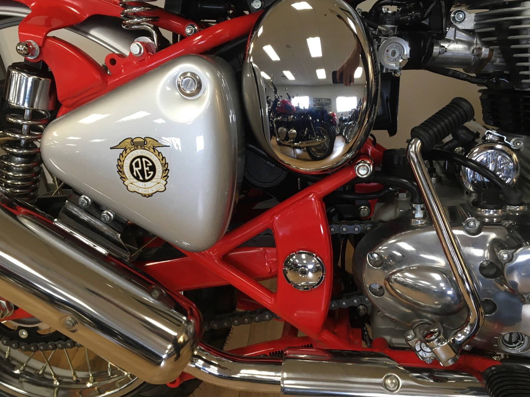 2020 Royal Enfield Bullet Trials Works Replica 500 Limited Edition in Mahwah, New Jersey - Photo 9