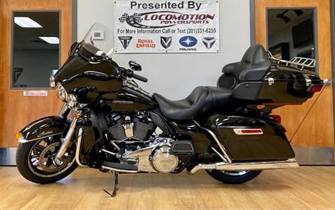 2019 Harley-Davidson Ultra Limited in Mahwah, New Jersey - Photo 2