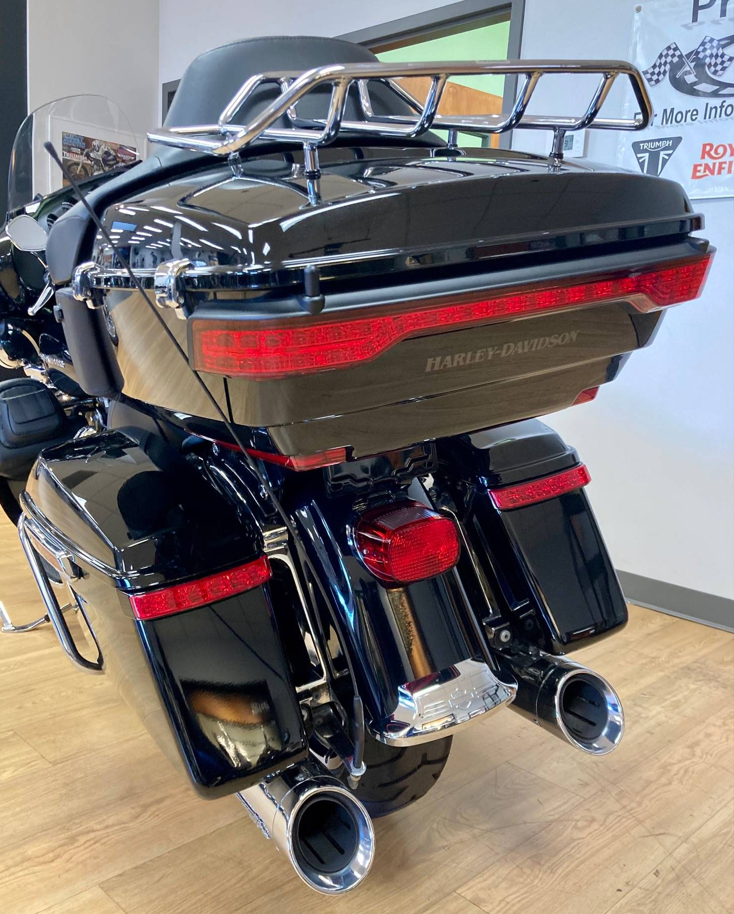 2019 Harley-Davidson Ultra Limited in Mahwah, New Jersey - Photo 9