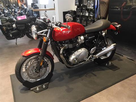 2018 Triumph Thruxton 1200 in Mahwah, New Jersey - Photo 2