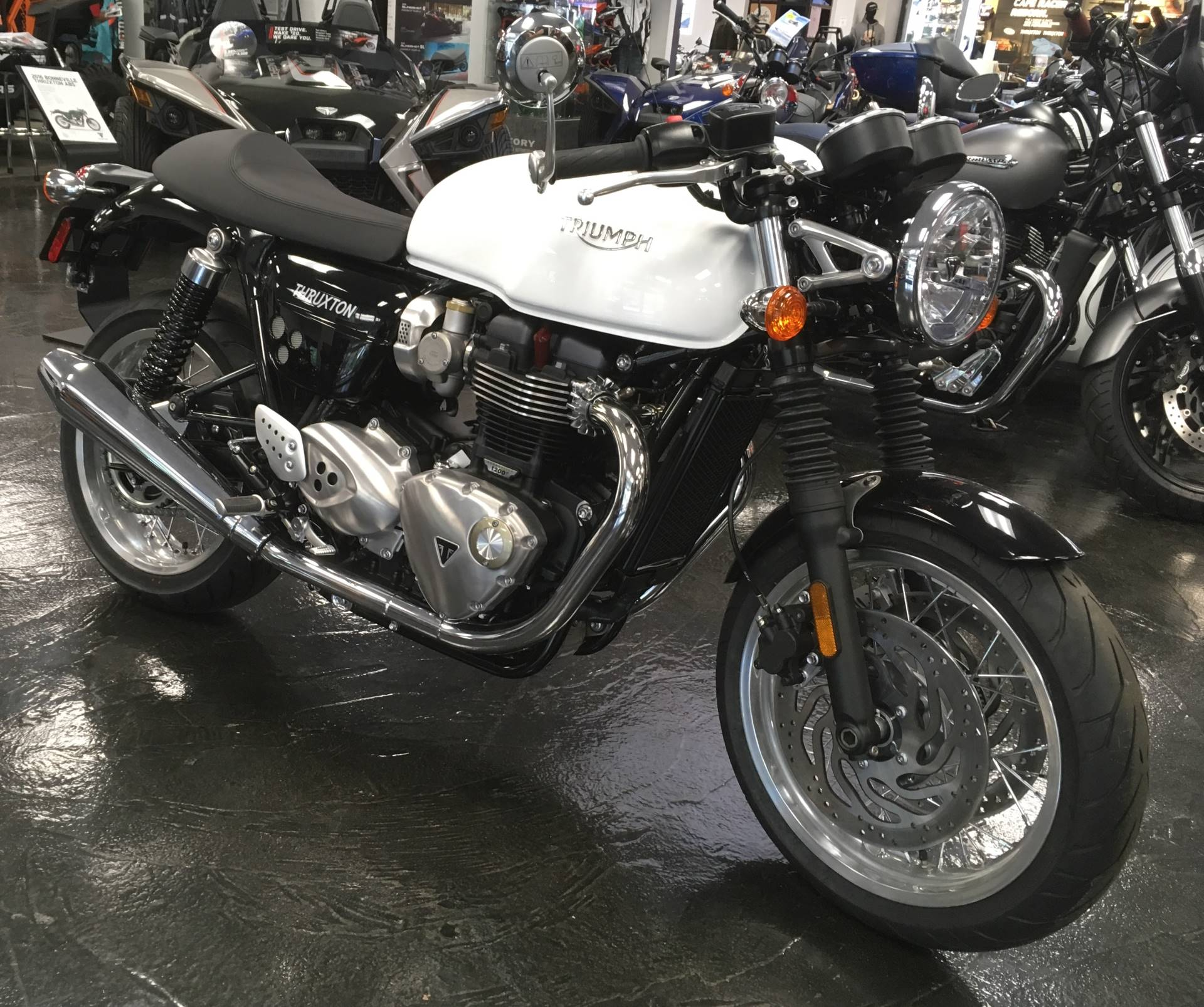 2017 Triumph Thruxton 1200 in Mahwah, New Jersey