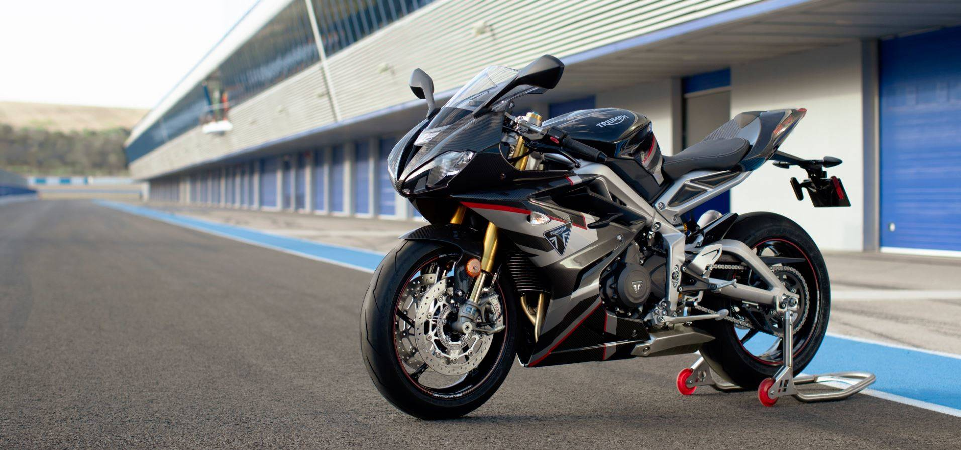2020 Triumph Daytona Moto2TM 765 Limited Edition in Mahwah, New Jersey - Photo 1