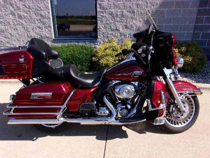 2010 Harley-Davidson Ultra Classic® Electra Glide® in Beaver Dam, Wisconsin - Photo 1
