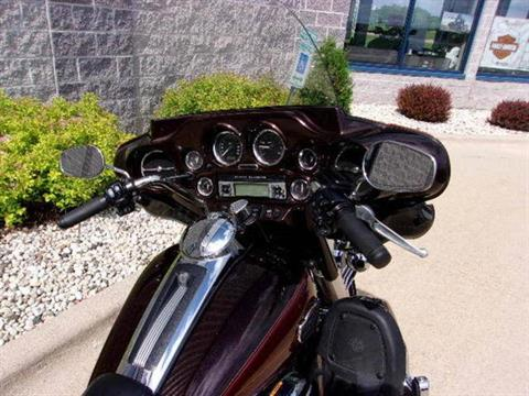 2011 Harley-Davidson Ultra Classic® Electra Glide® in Beaver Dam, Wisconsin - Photo 5