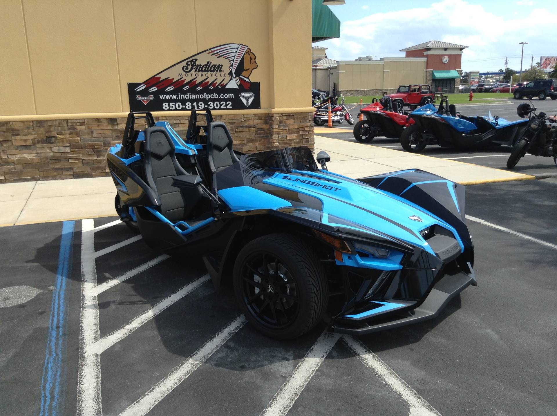 2020 Polaris SLINGSHOT in Panama City Beach, Florida - Photo 2