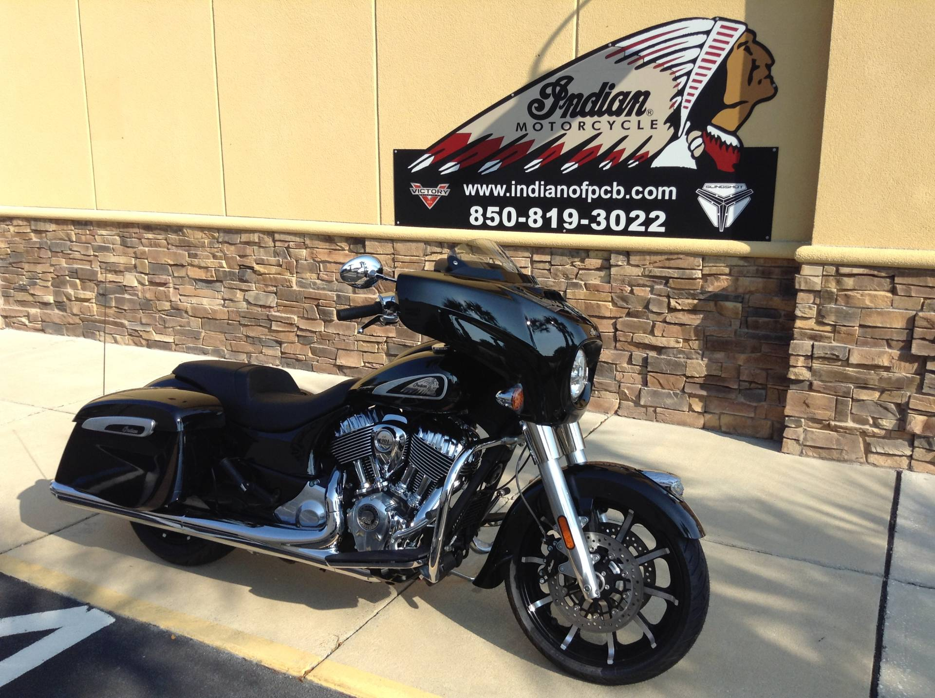 2021 Indian CHIEFTAIN LIMITED in Panama City Beach, Florida - Photo 2