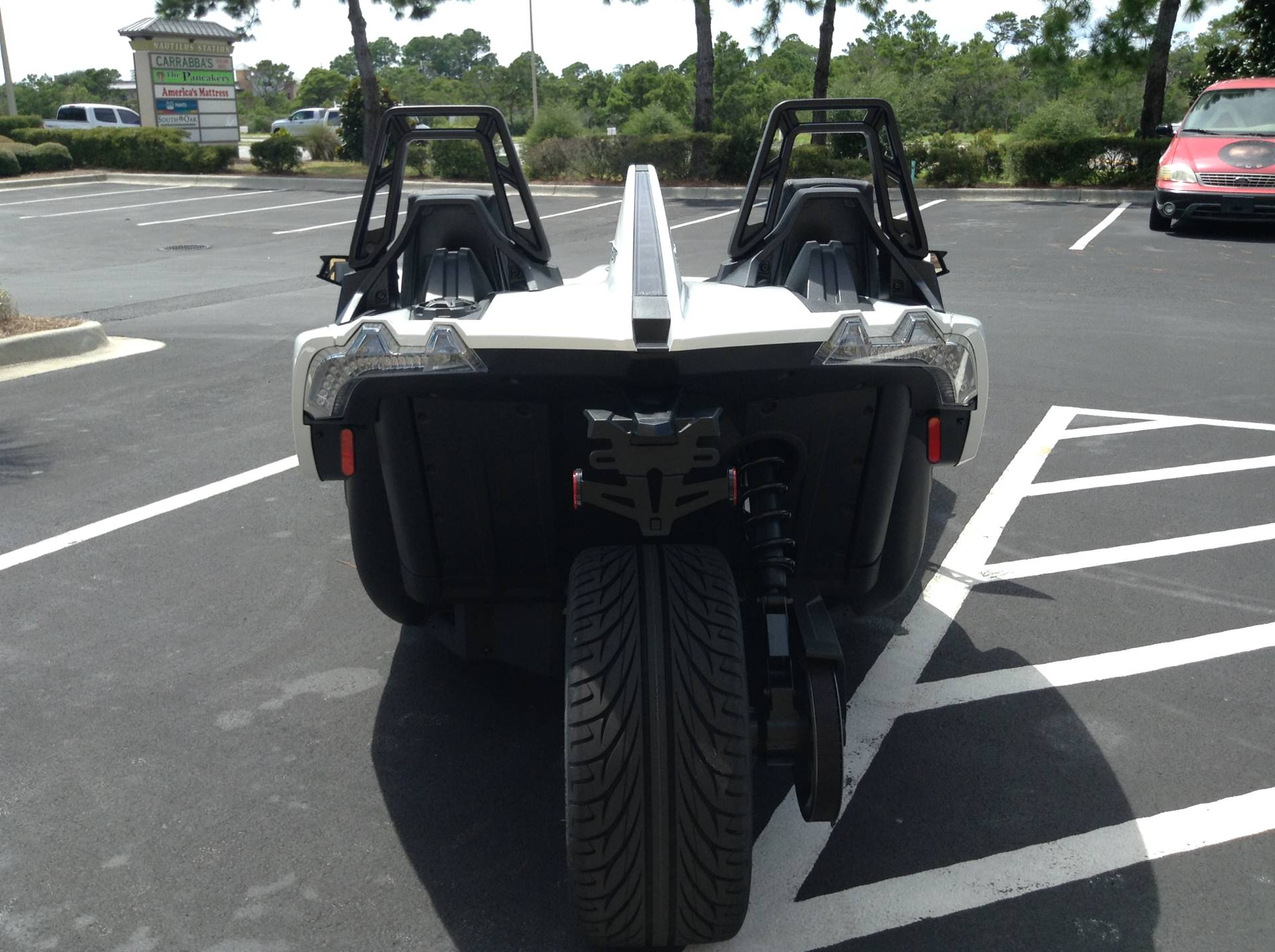 2019 Polaris Slingshot base in Panama City Beach, Florida - Photo 8