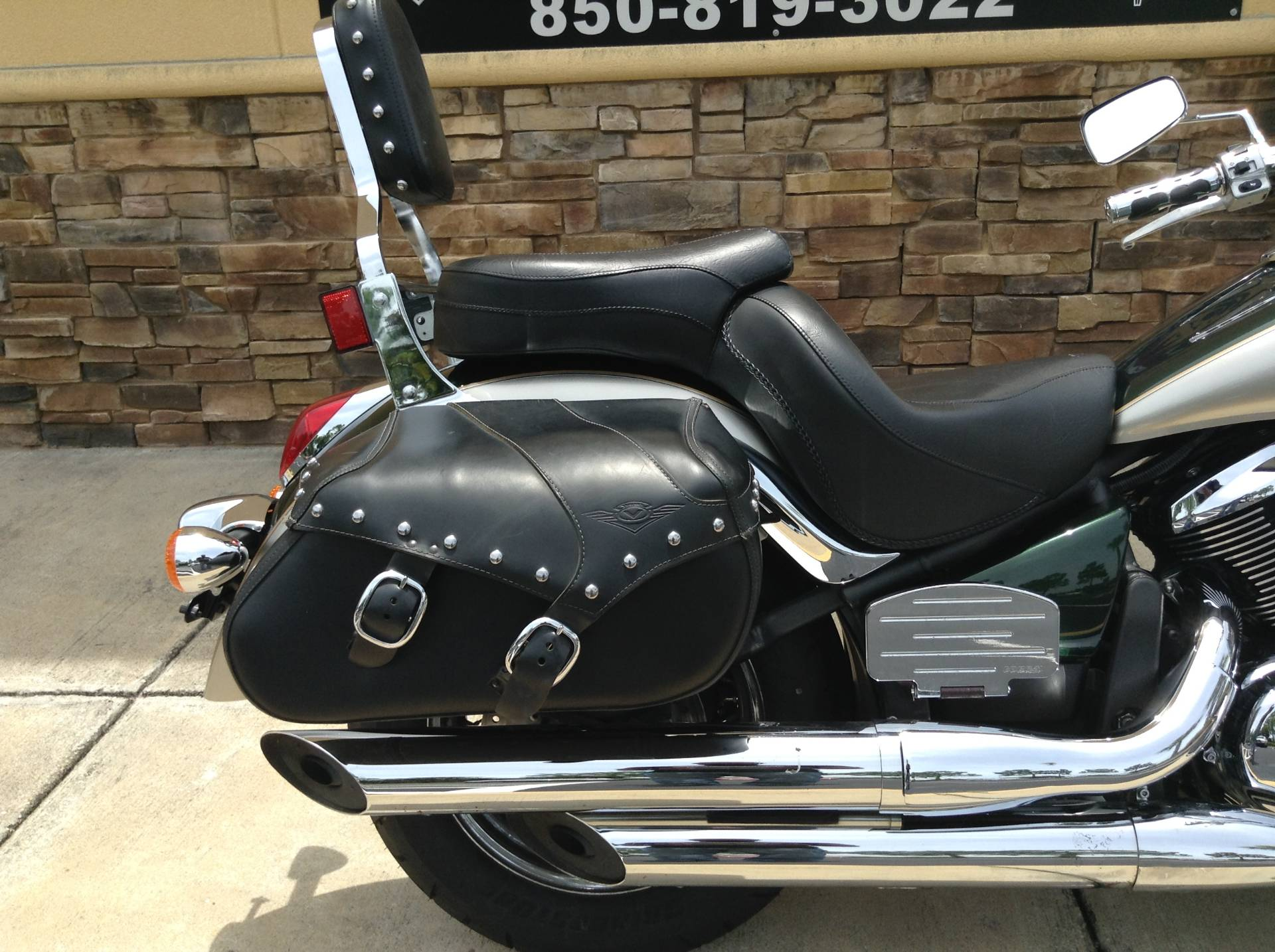 2010 KAWASAKI Vulcan 900 in Panama City Beach, Florida
