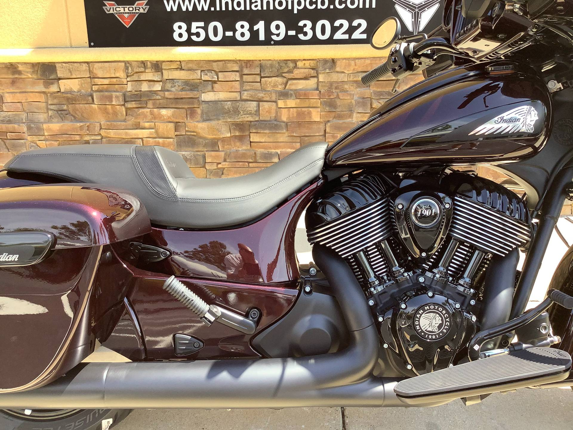 2021 Indian CHIEFTAIN DARKHORSE in Panama City Beach, Florida - Photo 4