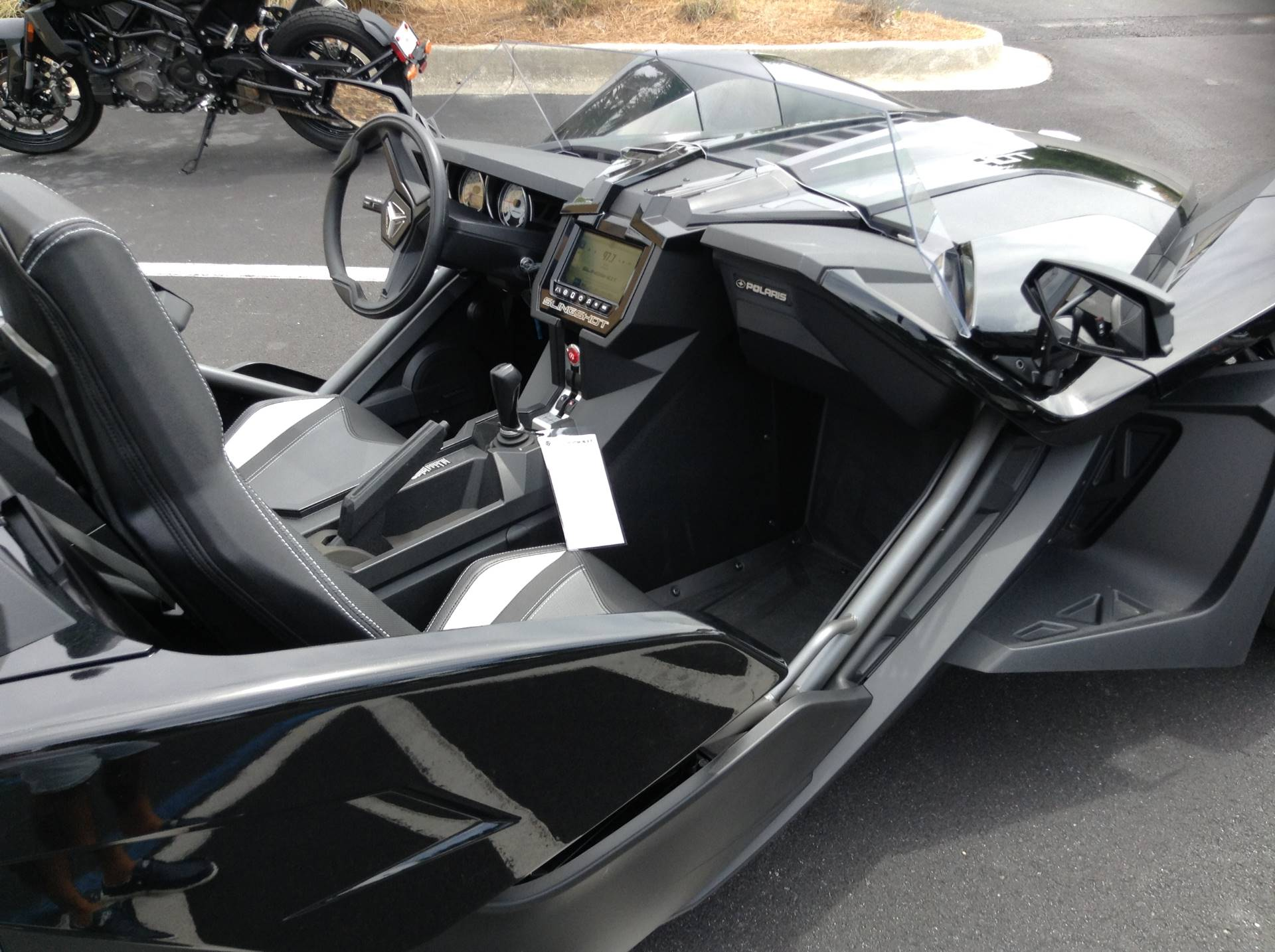 2019 Polaris SLINGSHOT SL in Panama City Beach, Florida - Photo 7
