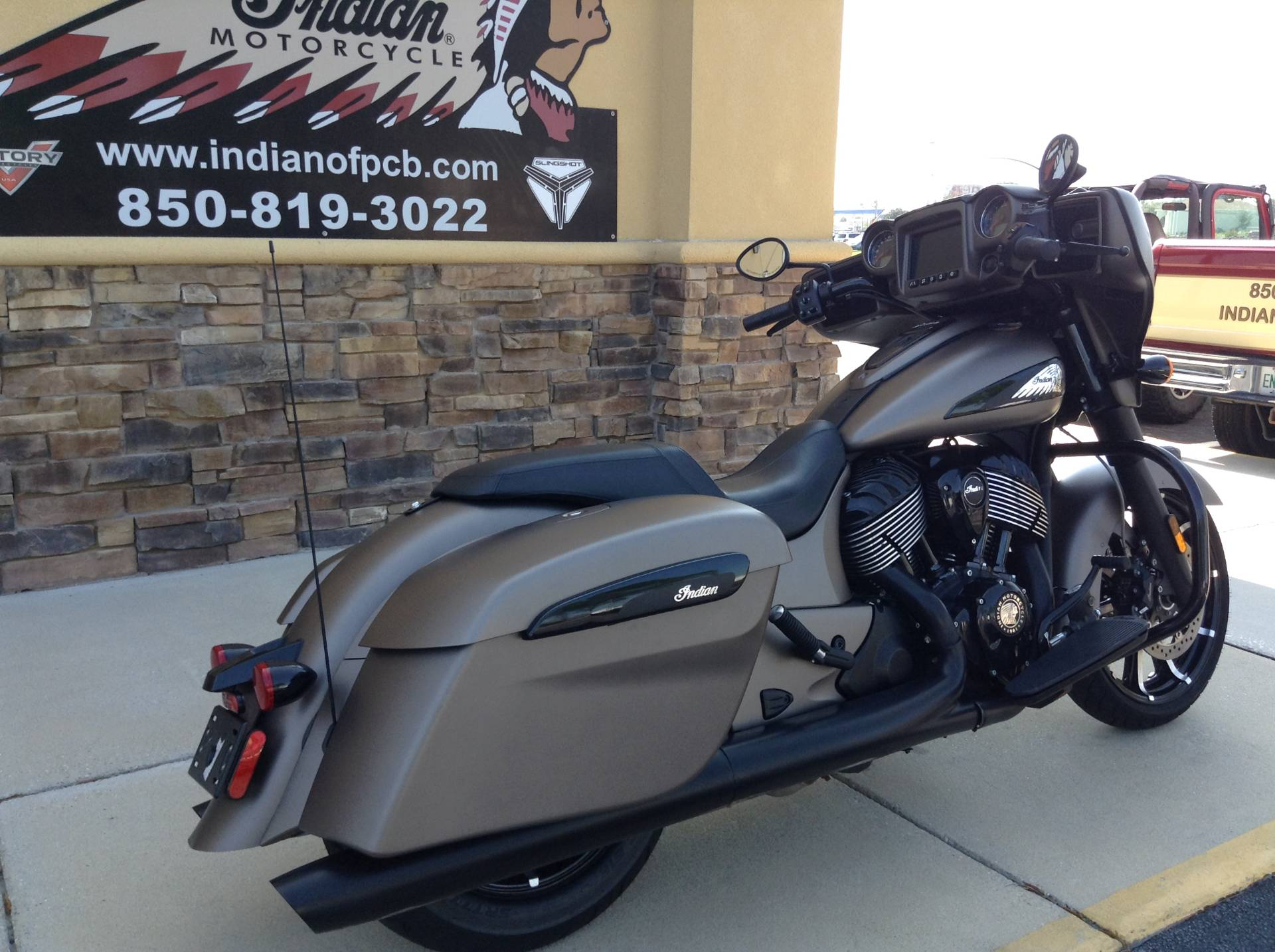 2019 Indian CHIEFTAIN DARKHORSE in Panama City Beach, Florida - Photo 3