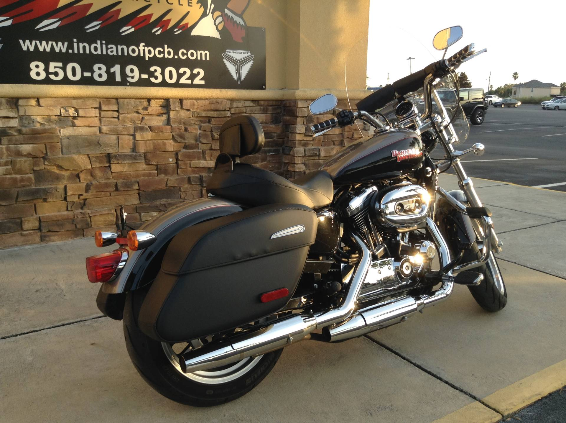 2016 Harley-Davidson XL 1200 T / SPORSTER TOURING in Panama City Beach, Florida