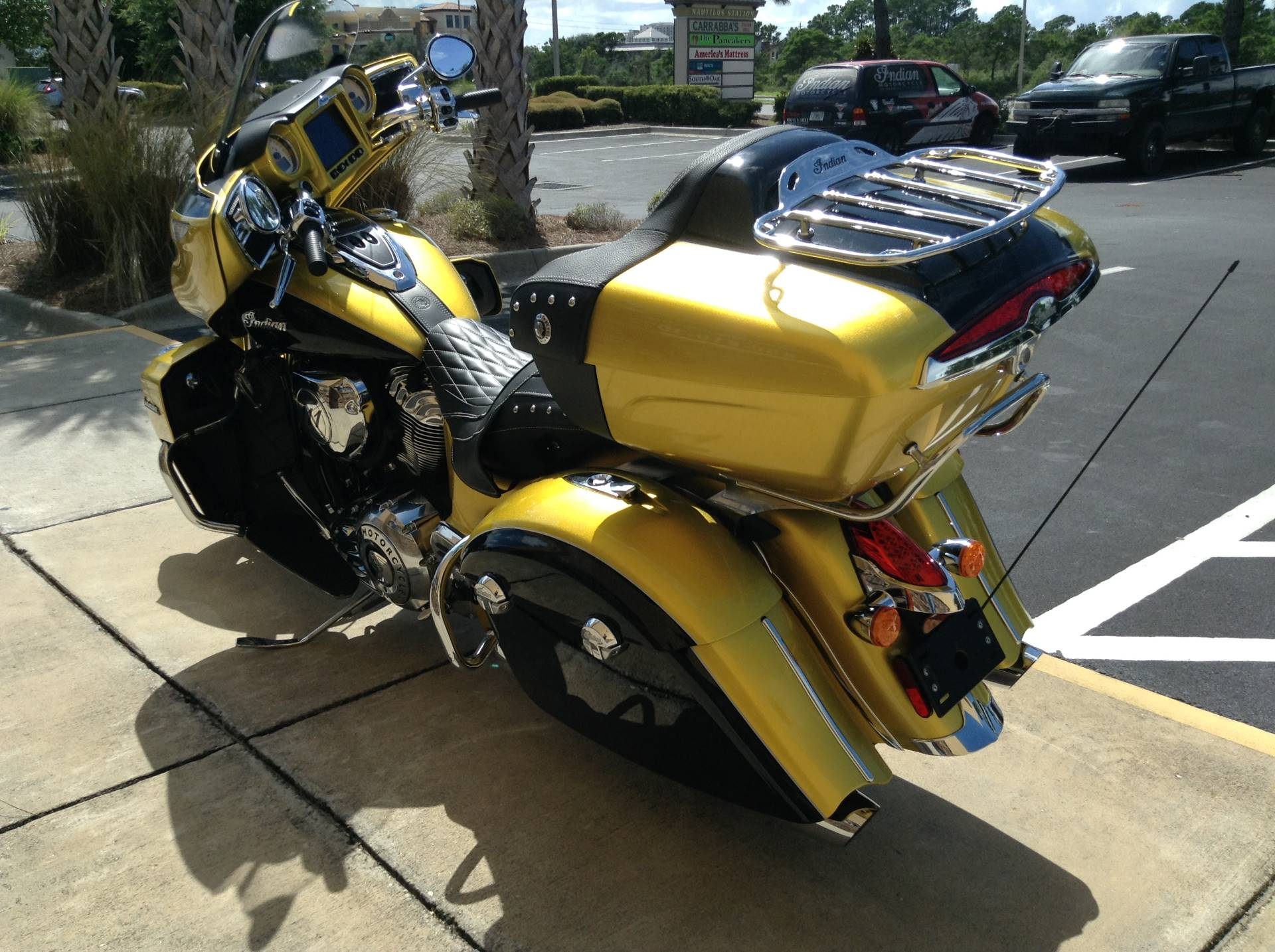 2018 Indian ROAD MASTER ICON SERIES in Panama City Beach, Florida